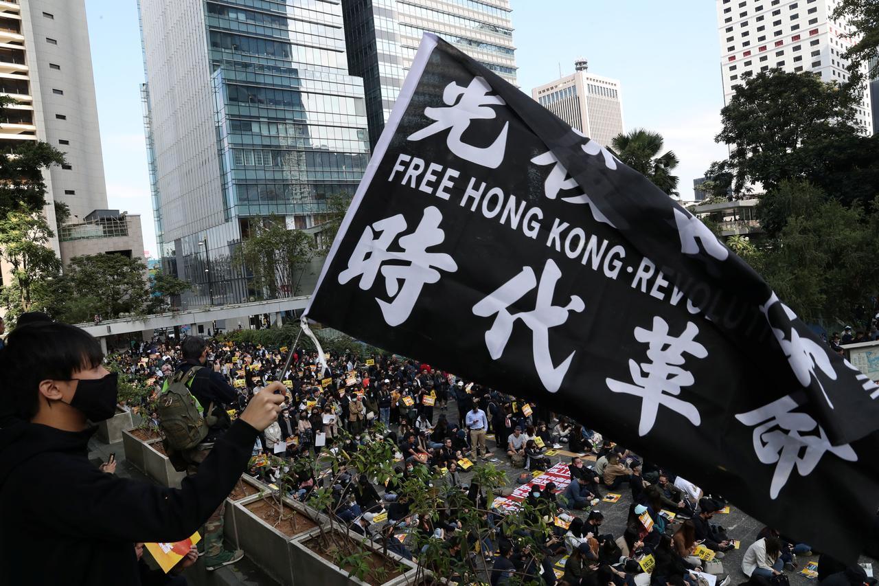 Hong Kong cho phép người biểu tình tiến hành cuộc diễn hành vào ngày chủ nhật