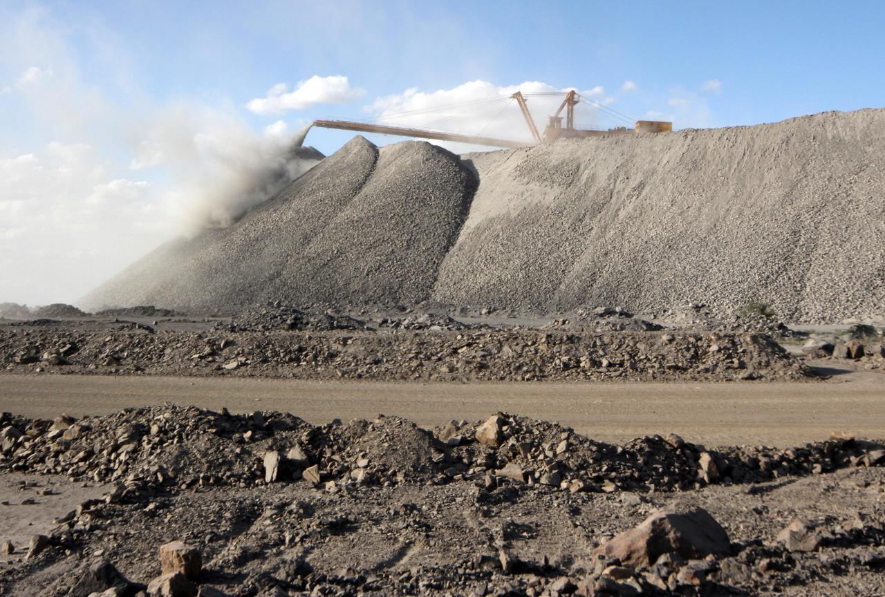 Quân đội Hoa Kỳ sẽ tài trợ xây dựng nhà máy khai thác đất hiếm