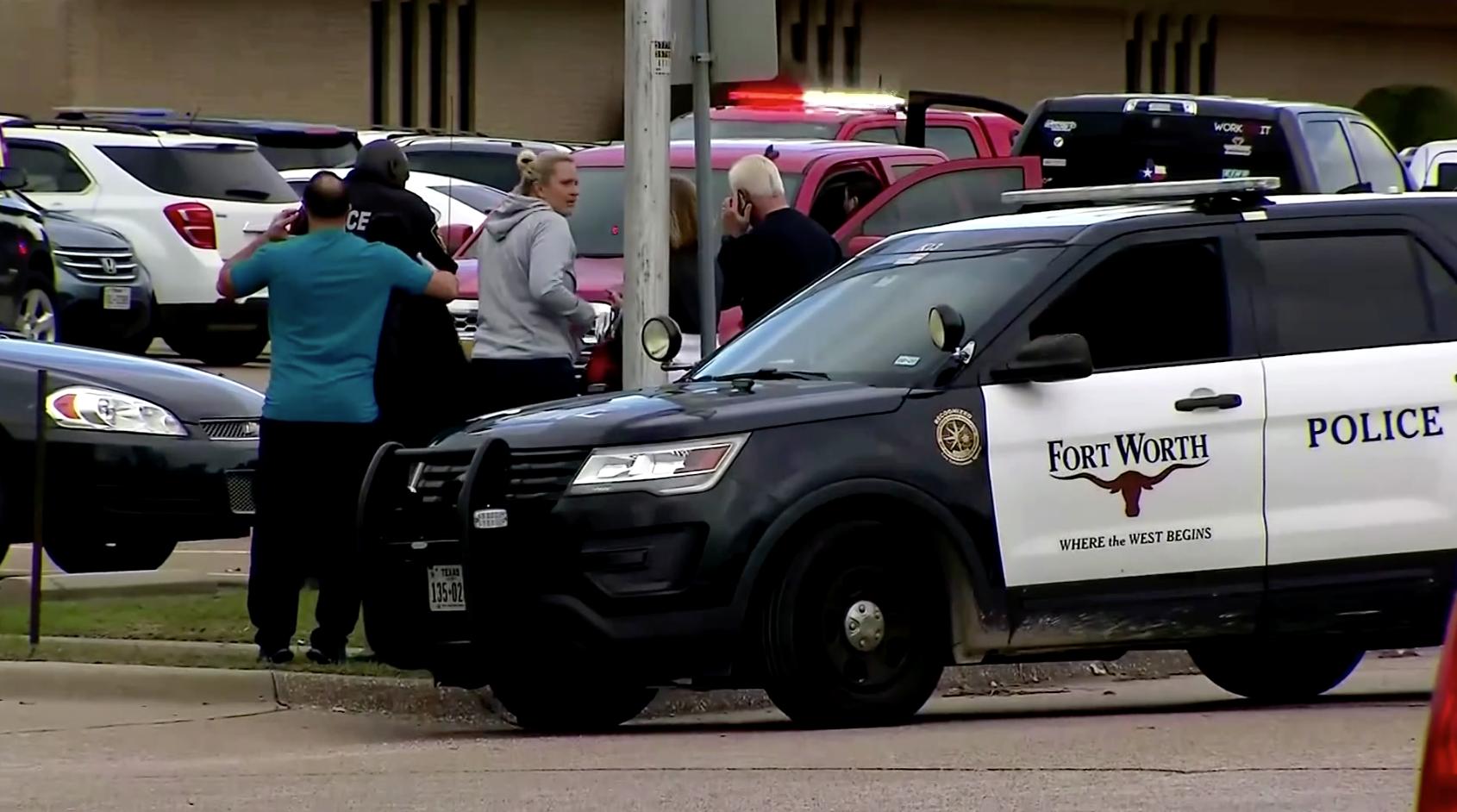 Taysúng là một trong hai người chết trong vụ tấn công trong nhà thờ ở Texas