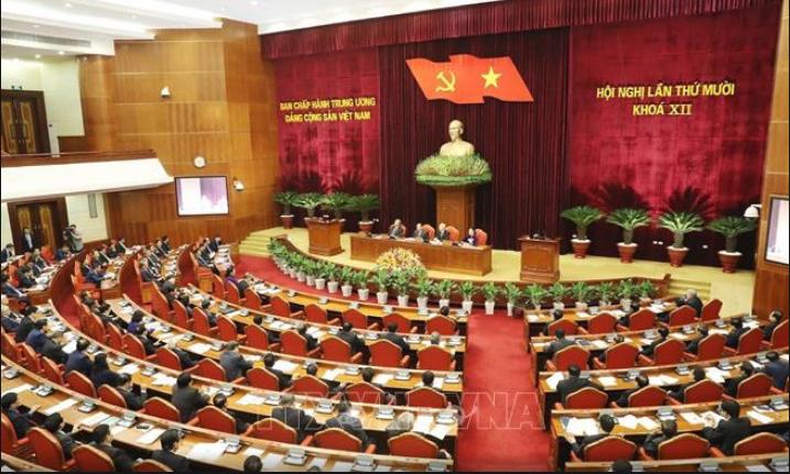 Rối như canh hẹ trước đại hội đảng XIII (Phạm Trần)