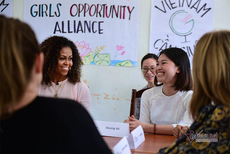 Vợ chồng cựu Tổng Thống Obama đến Việt Nam
