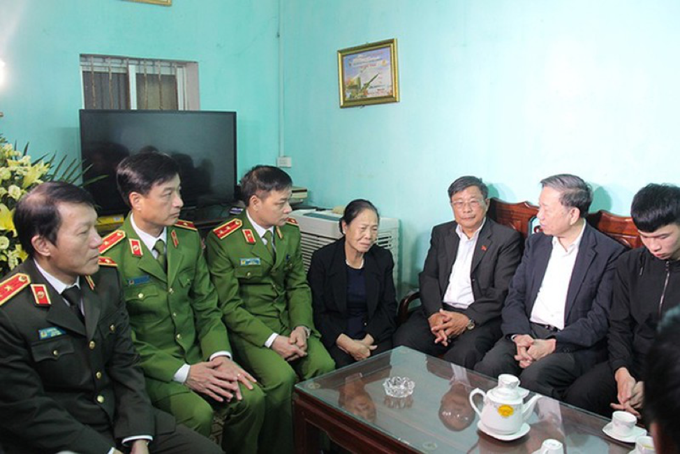 Thủ tướng cộng sản yêu cầu trừng trị nghiêm khắc các đối tượng chống đối ở Đồng Tâm