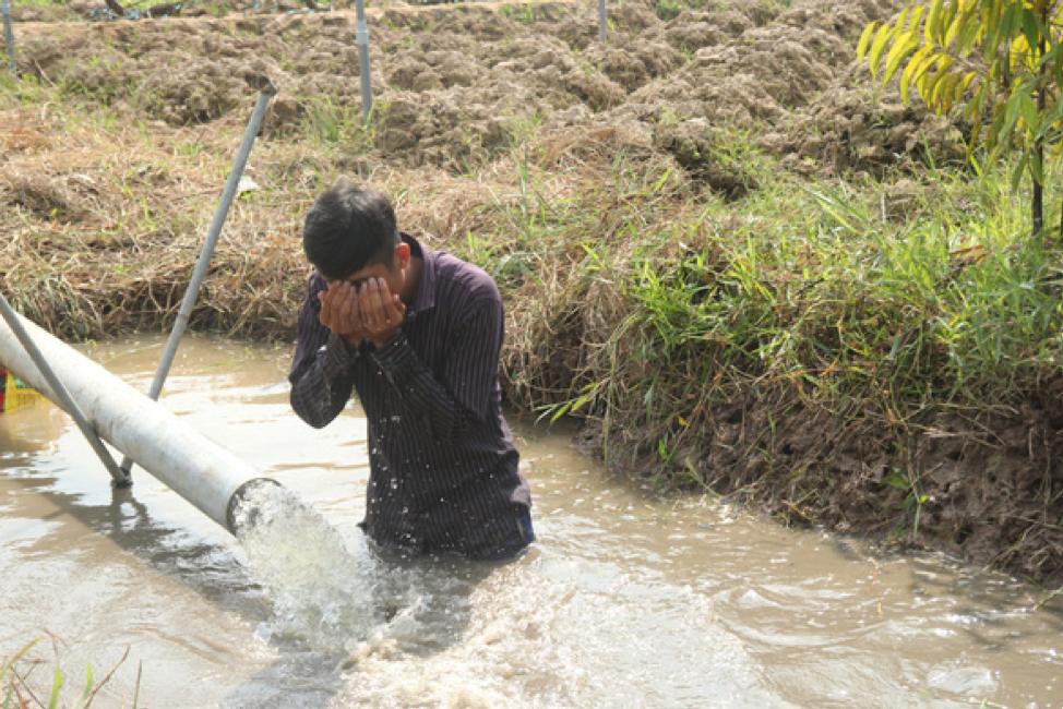 Bến Tre ban bố tình trạng khẩn cấp vì nước mặn xâm thực toàn tỉnh