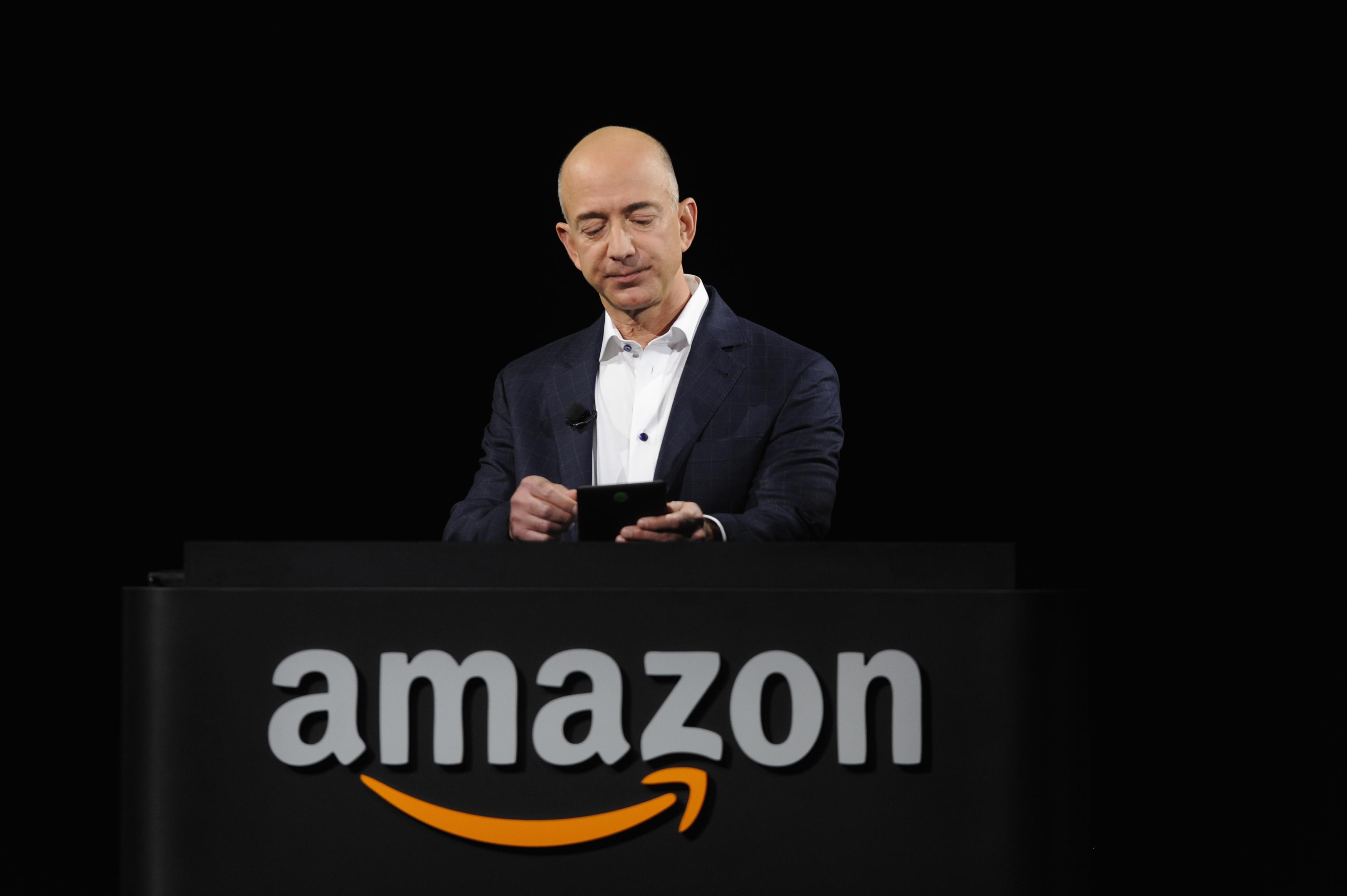 Saudi Arabia bác bỏ tuyên bố cho rằng họ tấn công điện thoại của ông Jeff Bezos – chủ tịch công ty Amazon