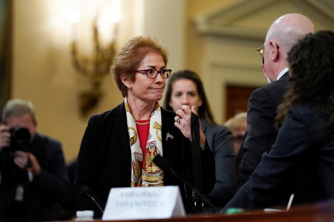 Thượng Viện Cộng Hòa bỏ phiếu ngăn cản triệu tập thêm nhân chứng mới cho phiên luận tội – cựu đại sứ Hoa Kỳ Yovanovitch