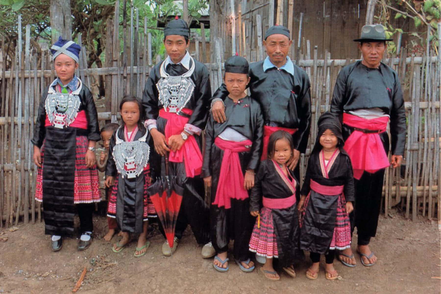 Người tị nạn Hmong và Lào tại Hoa Kỳ đối mặt với việc bị trục xuất cùng gia đình