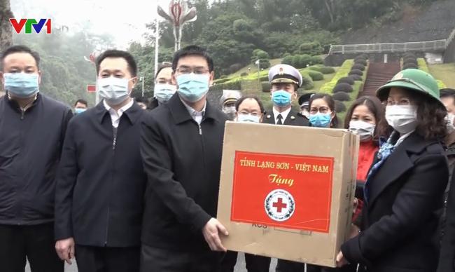 """Bộ Tài chính CSVN """"khuyến khích"""" người Việt hải ngoại hỗ trợ các thiết bị phòng chống dịch coronavirus"""