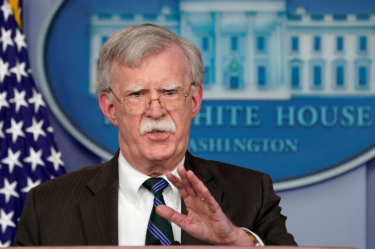 Tổng Thống Trump đã yêu cầu ông John Bolton giúp đỡ trong chiến dịch thúc ép Ukraine tiến hành điều tra đối thủ chính trị