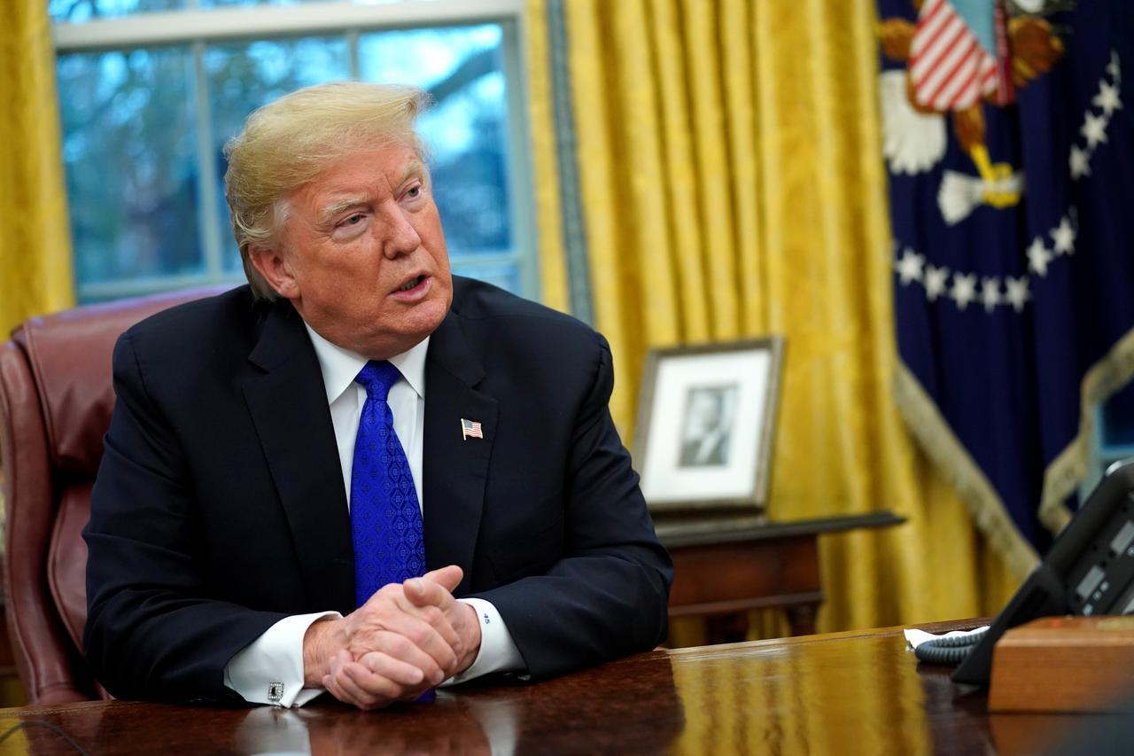 Tổng Thống Trump tìm cáchxóabỏ chương trìnhhủy nợ học phí cho sinhviên