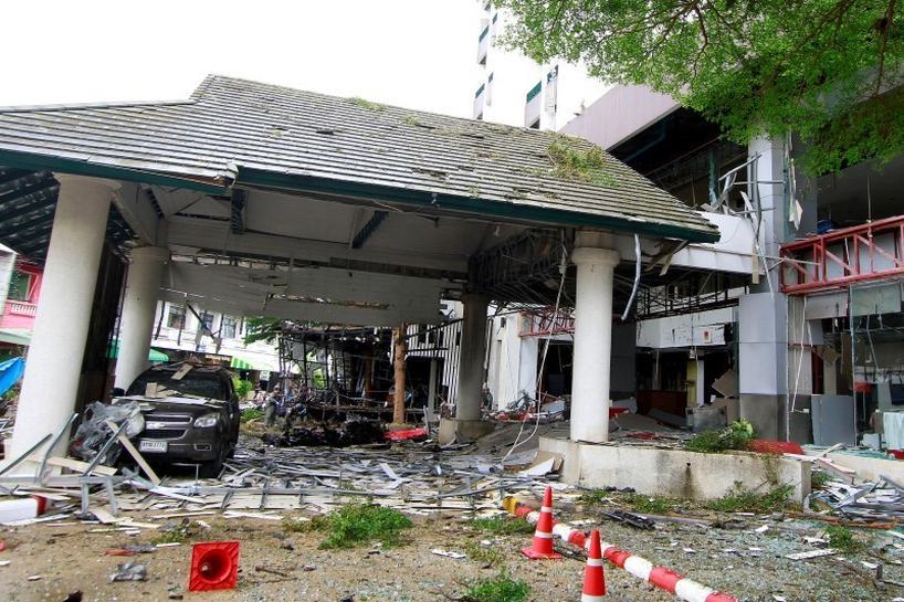 Sau vụ thảm sát súng thủ đô Thái Lan lại rúng động vì hàng loạt đạn nổ