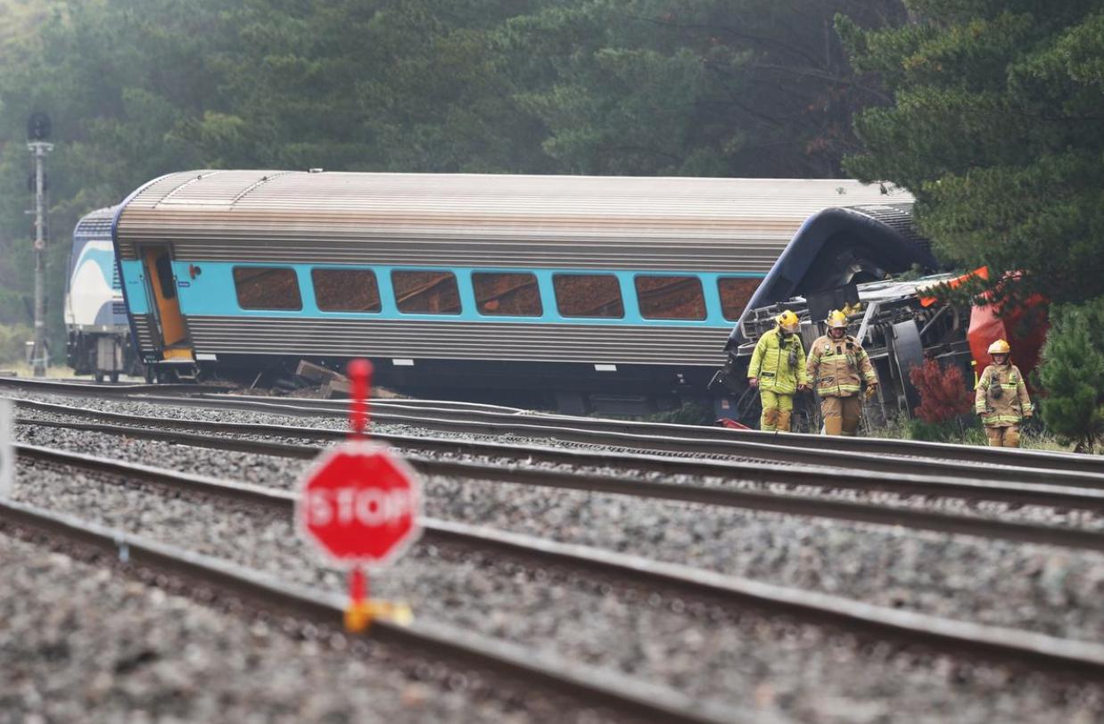 2 người thiệt mạng khi xe lửa trật đường rầy ở Úc