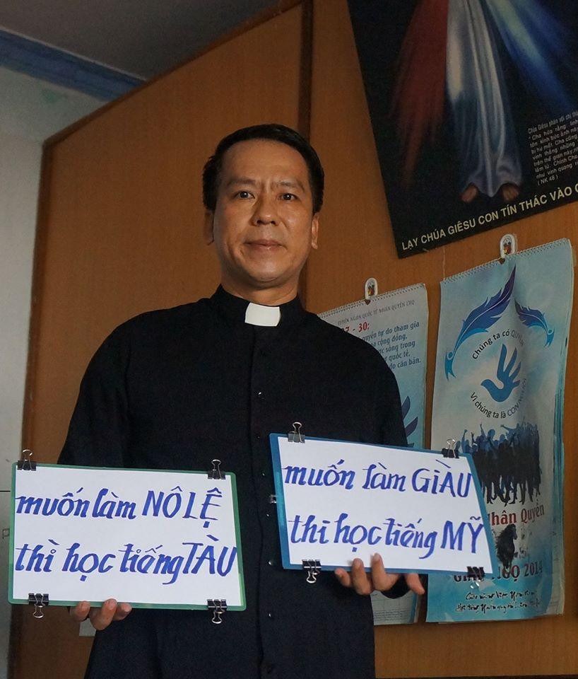 Linh mục Nguyễn Duy Tân lên làm việc với an ninh Đỗ Anh Tuấn vì giảng lời Chúa