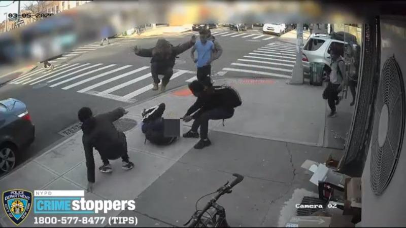 Sở cảnh sát New York bắt giữ 2 nghi can tấn công những công dân người Mỹ gốc Á