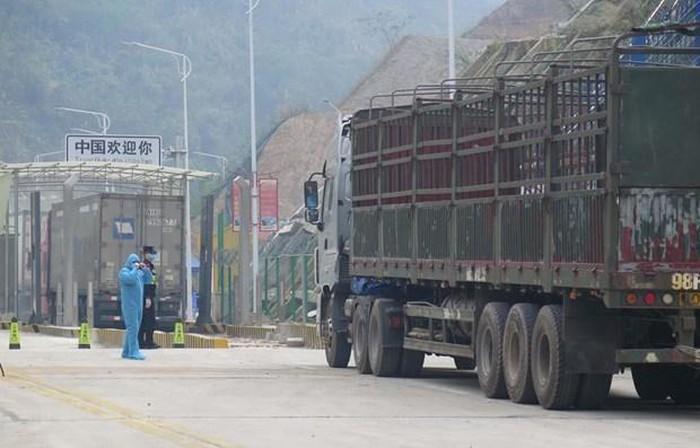 Tất cả cửa qua biên giới Trung Cộng và Việt Nam đều được hoạt động trở lại