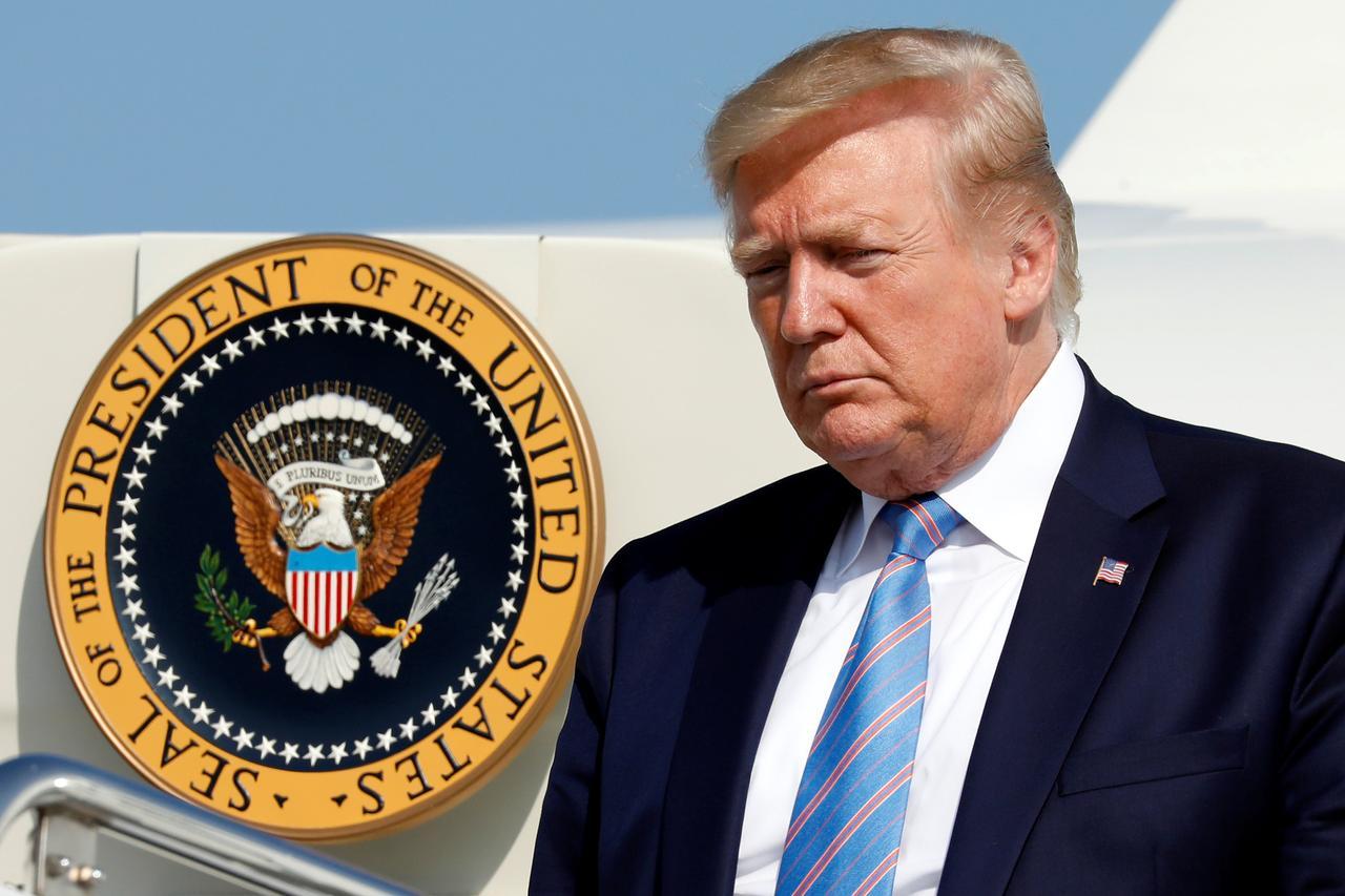 Chính phủ Trump cân nhắc trả tiền bệnh viện cho các bệnh nhân coronavirus không có bảo hiểm