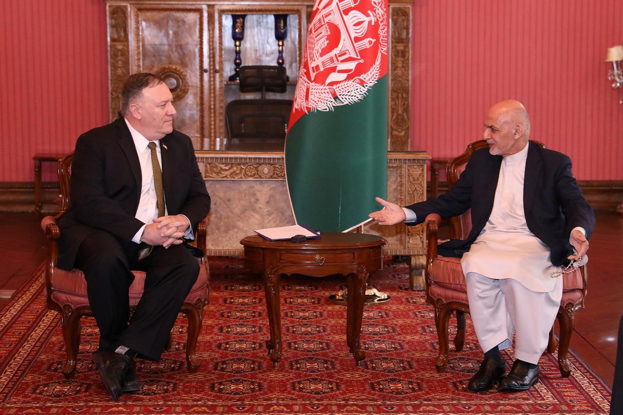 Ngoại trưởng Hoa kỳ gặp gỡ các đối thủ chính trị của Afghanistan trong chuyến thăm Kabul