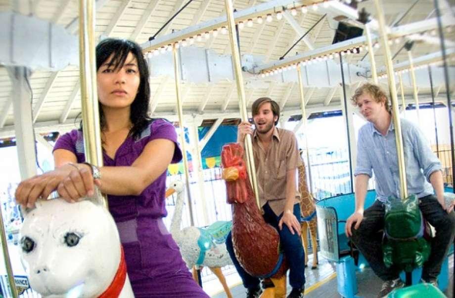 Ngôi sao Indie Rock tổ chức live stream cho trẻ em