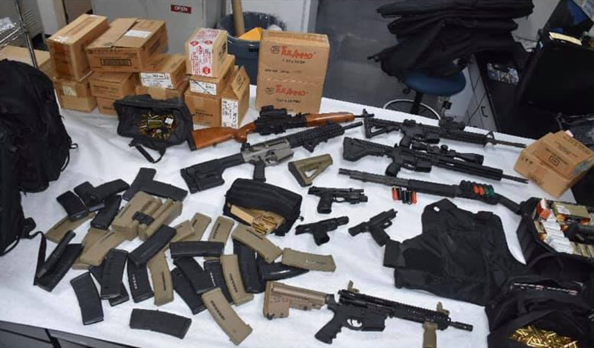 Cảnh sát cho biết nhân viên UPS lên kế hoạch nổ súng hàng loạt tàng trữ đến 20,000 viên đạn và nhiều vũ khí dự trữ