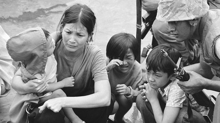 """Mỗi ngày một ca khúc – Tưởng niệm 30 tháng Tư – Xin Đời Một Nụ Cười"""" (Nam Lộc)"""