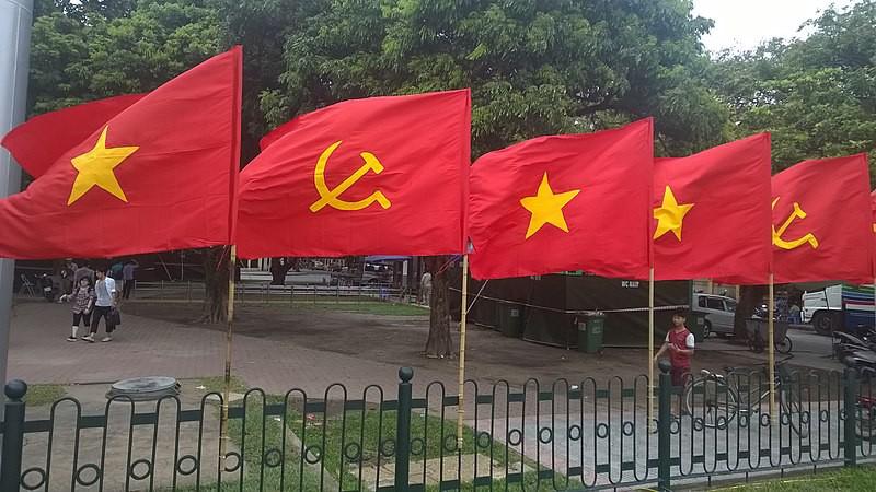 Phai đoàn – nhạt đảng – vô cảm tăng cao | Có âm mưu Cộng sản Con lật  Cộng sản Cha? (Phạm Trần)