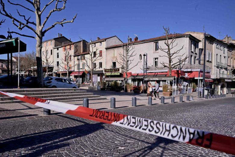 Bắt được nghi can thứ ba trong vụ tấn công bằng dao tại Pháp