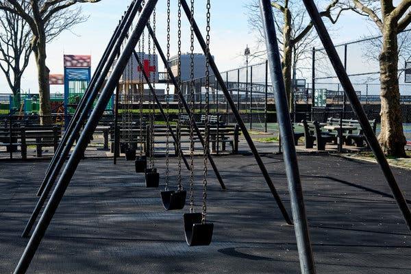 Thống đốc New York đóng cửa các sân chơi trong thành phố để ngăn ngừa lây lan virus