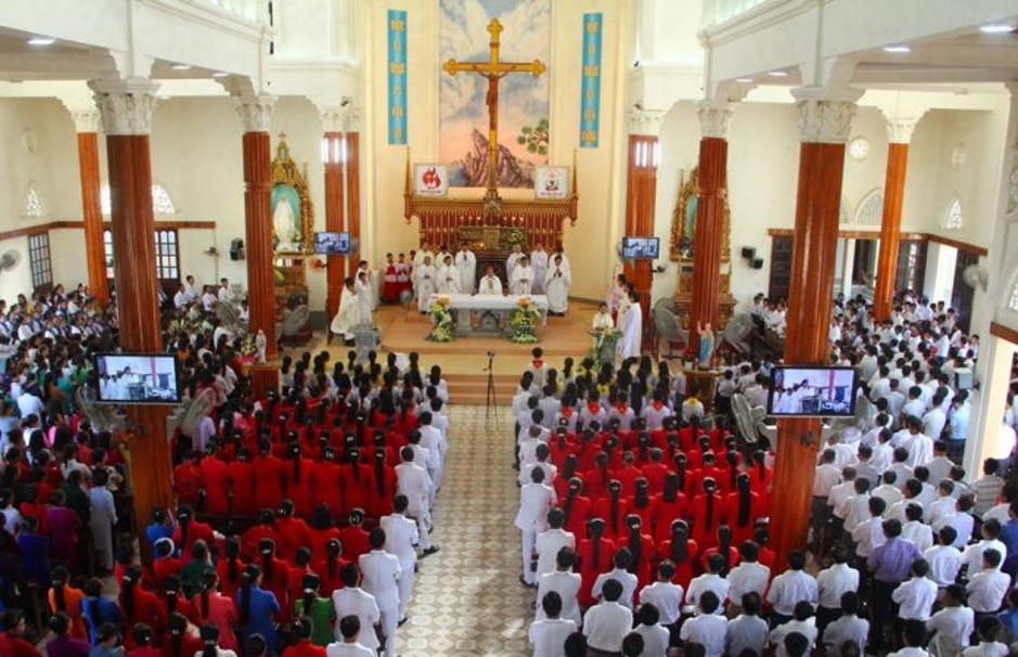 Nhiều chức sắc Công Giáo ở Hà Tĩnh có thể bị khởi tố vì tổ chức cầu nguyện trong đại dịch COVID-19