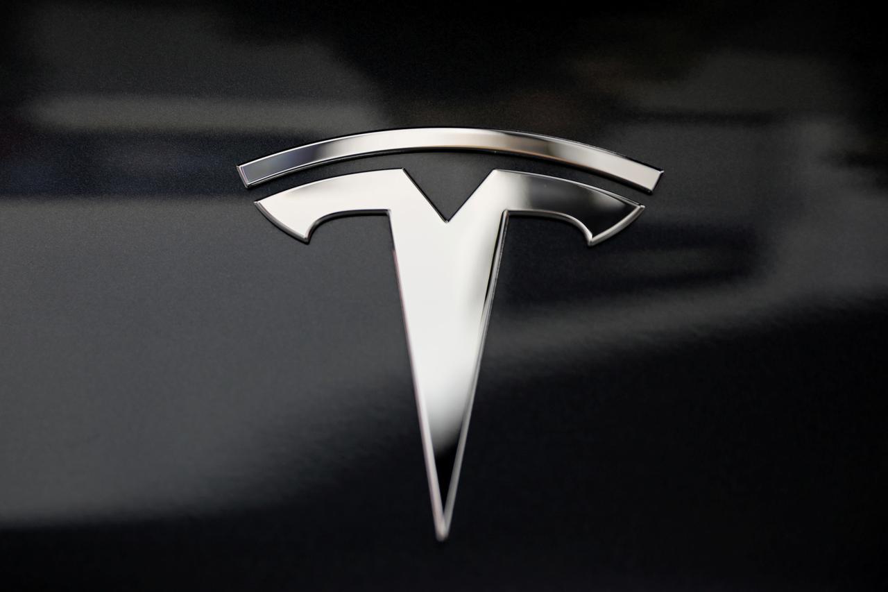 Giám đốc điều hành Tesla cho biết công ty có thể gửi miễn phí các máy thở được FDA phê chuẩn tới các bệnh viện