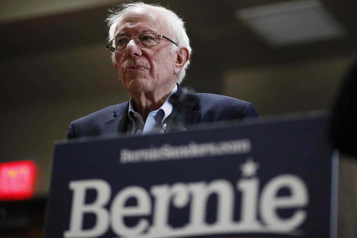 Ứng cử viên Bernie Sanders ngừng tranh cử