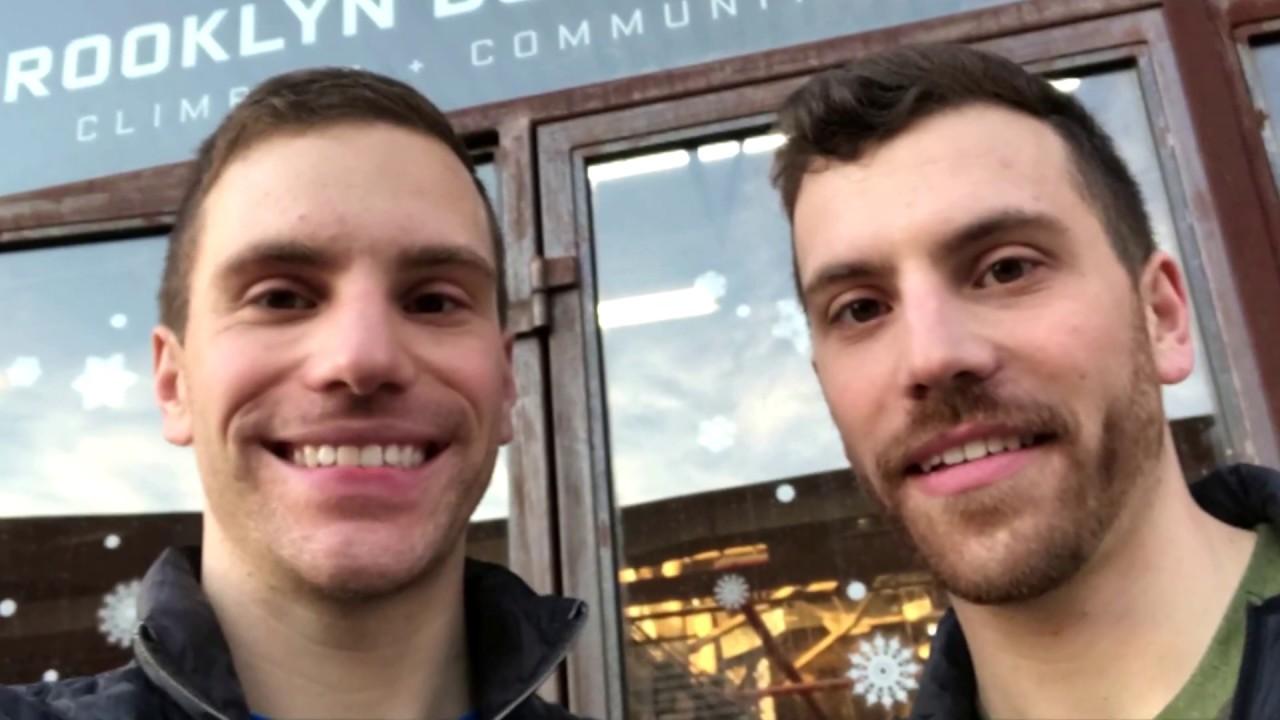 Cặp bác sĩ sinh đôi chiến đấu với COVID-19 tại New York, Miami