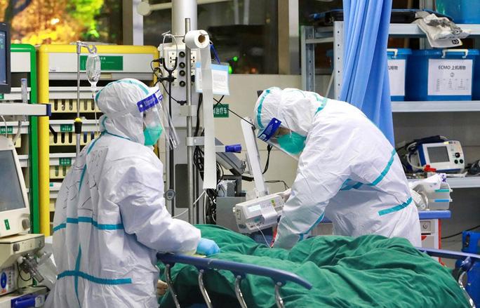 Bệnh nhân người Anh dương tính coronavirus có thể sẽ được ghép phổi để chữa trị