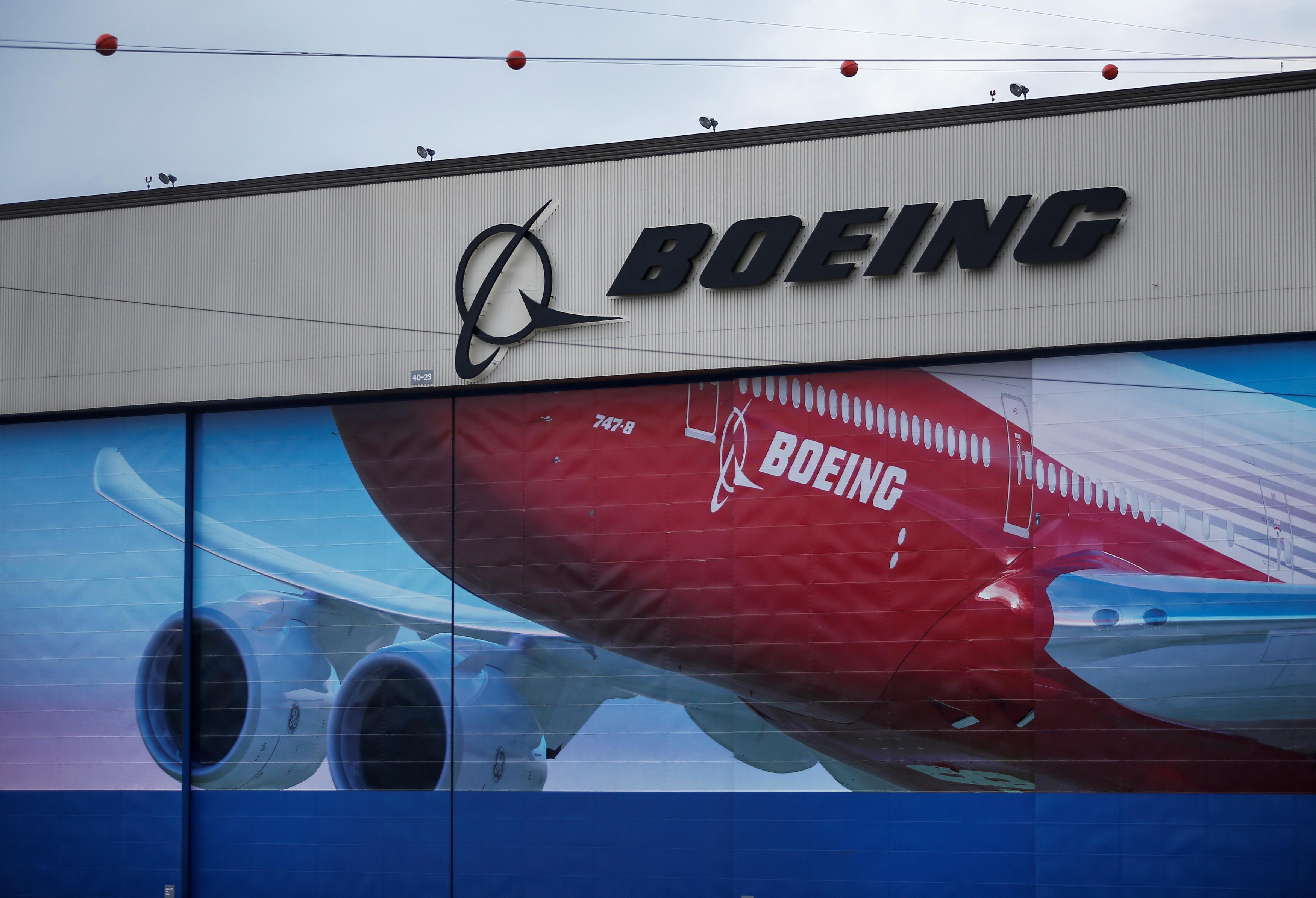 Boeing cắt giảm 12,000 việc làm và sẽ tiếp tục cắt giảm trong tương lai