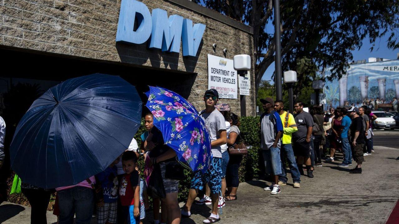 Nha Lộ Vận (DMV) sẽ mở lại 25 văn phòng trên khắp California