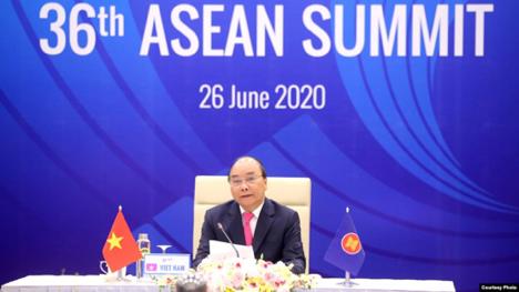 Thủ Tướng CSVN nói không muốn phải chọn giữa Hoa Kỳ và Trung Cộng