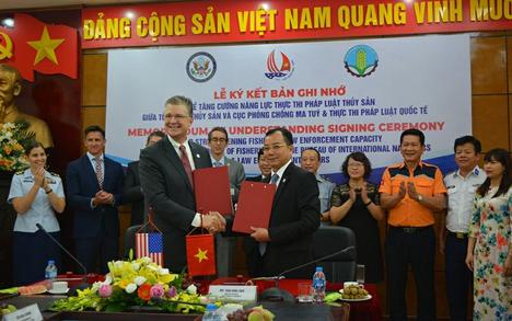 ĐạiSứ Kritenbrink nóiHoaKỳ muốn hỗ trợ ngư dân Việt Nam trước đe doạ trên biển