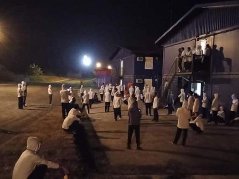 Hàngtrăm công nhân Việt Nam ở Guinea Xích Đạo cầu cứu