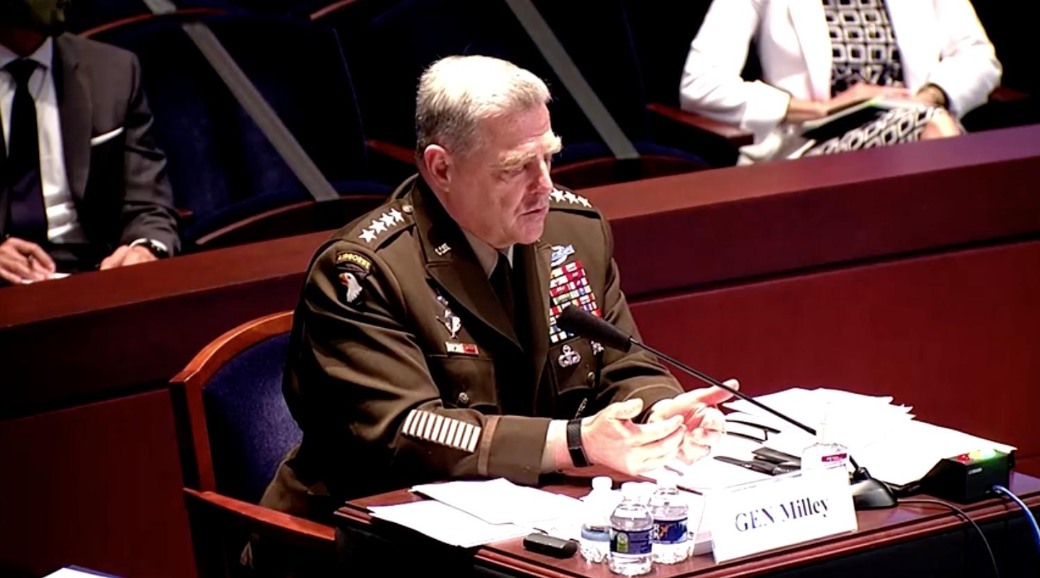 Bộ Quốc Phòng cấm treo cờ Liên Minh Miền Nam tại các căn cứ quân sự
