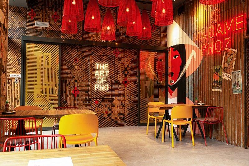 Nhà hàng Madame Phở mang màu sắc và kết cấu của Việt Nam đến Budapest, Hung Gia Lợi
