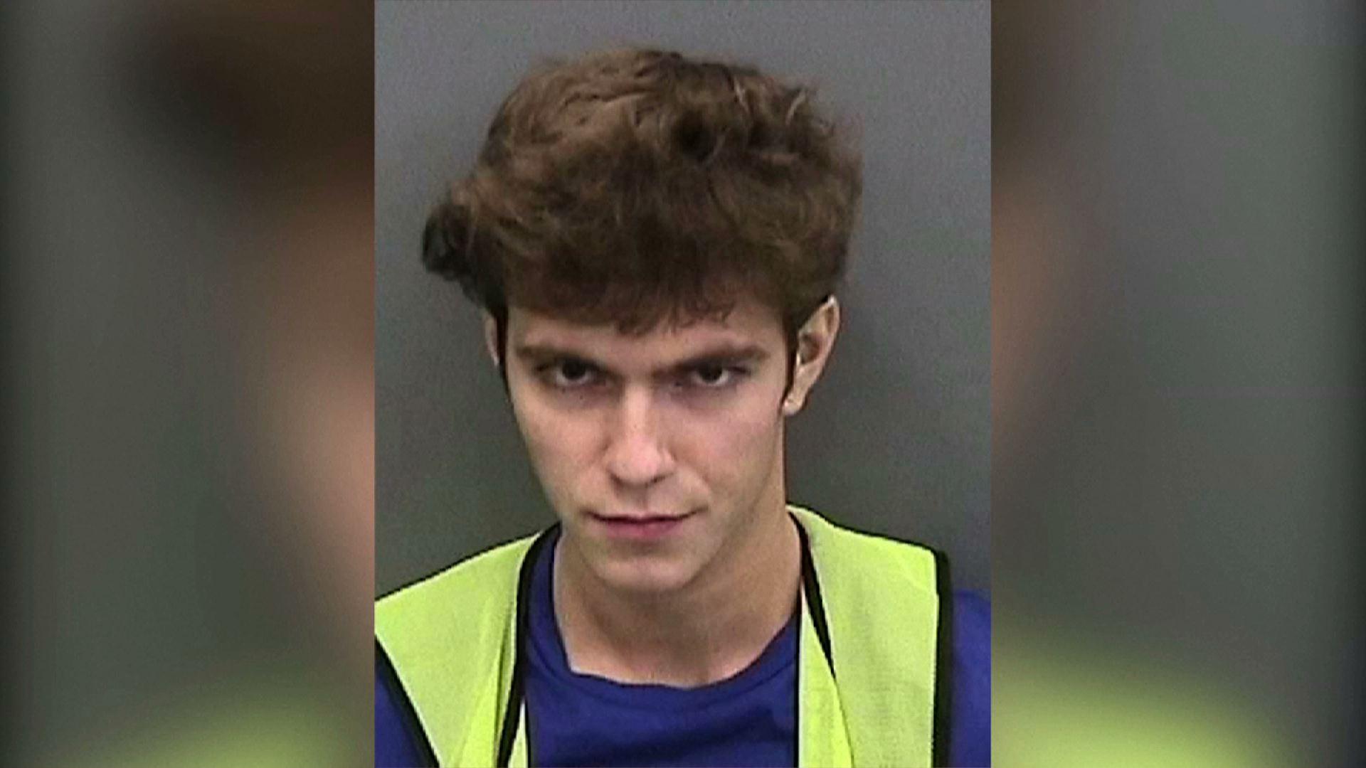 Thiếu niên ở Tampa không nhận tội hack tài khoản Twitter