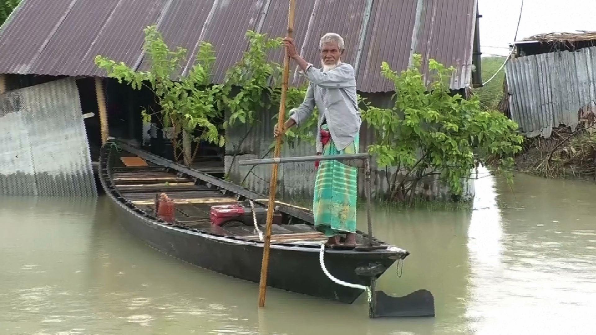 Một phần ba diện tích Bangladesh bị ảnh hưởng bởi lũ lụt, hàng triệu người phải di tản