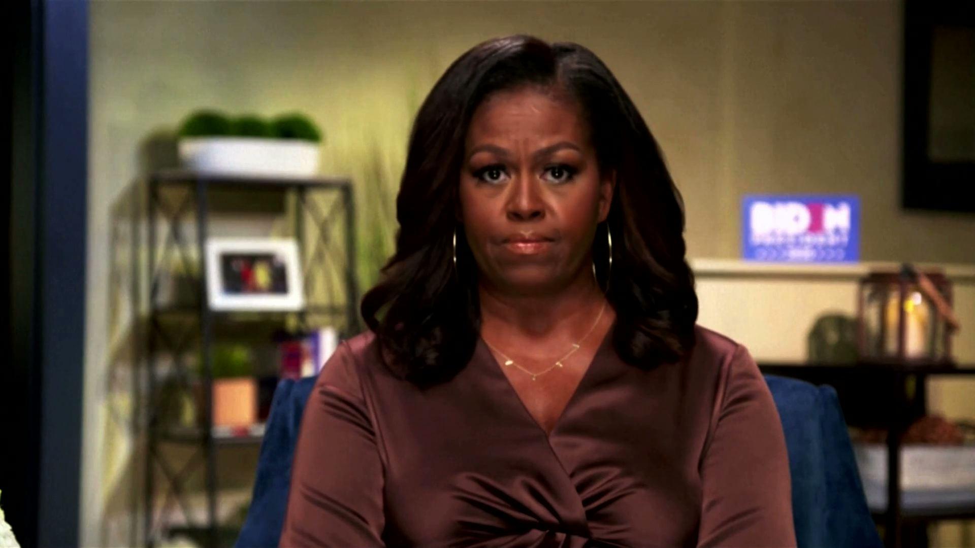 Michelle Obama, Bernie Sanders phát biểu tại Hội Nghị Quốc Gia Đảng Dân Chủ