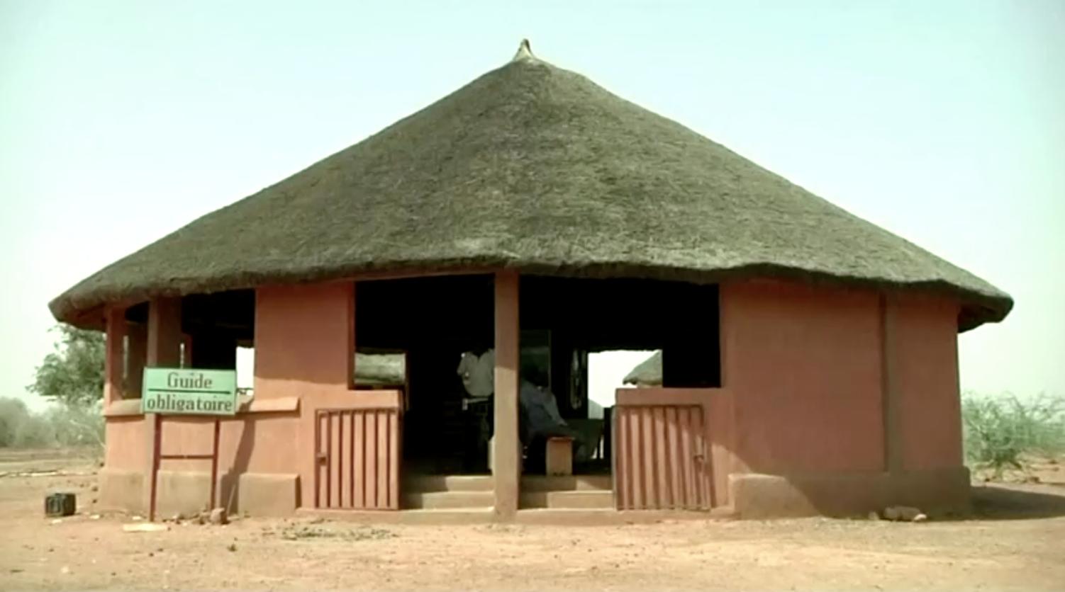 Các tay súng sát hại 6 nhân viên cứu trợ người Pháp cùng tài xế và hướng dẫn viên của họ ở Niger