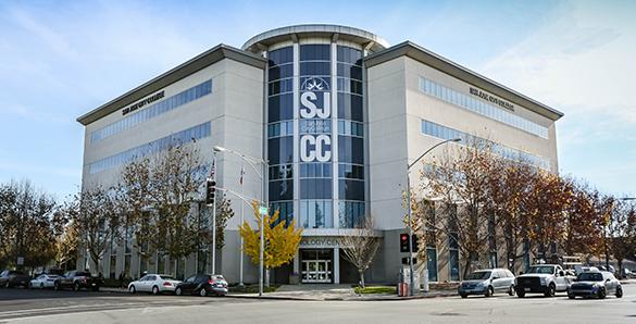 Hãng Google chọn sinh viên trường đại học San JoseCity College tham gia chương trình học việc lâu dài