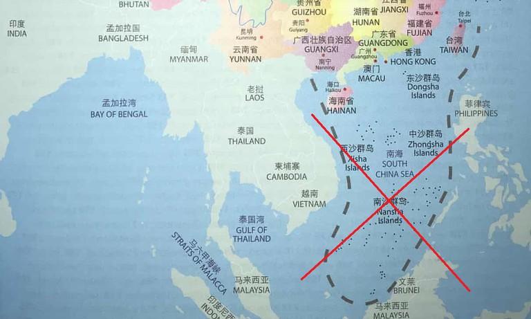 Việt Nam giữa hai lằn đạn ở biển Đông (Phạm Trần)
