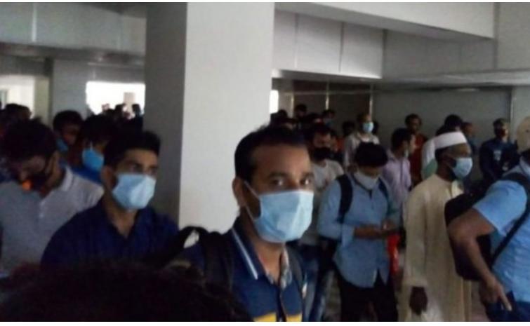 Bangladesh bắt giữ 80 người di dân biểu tình sau khi bị lừa