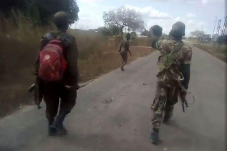 Quân đội Mozambique lên án vụ sát hại kinh hoàng người phụ nữ khỏa thân dưới bàn tay của các chiến binh