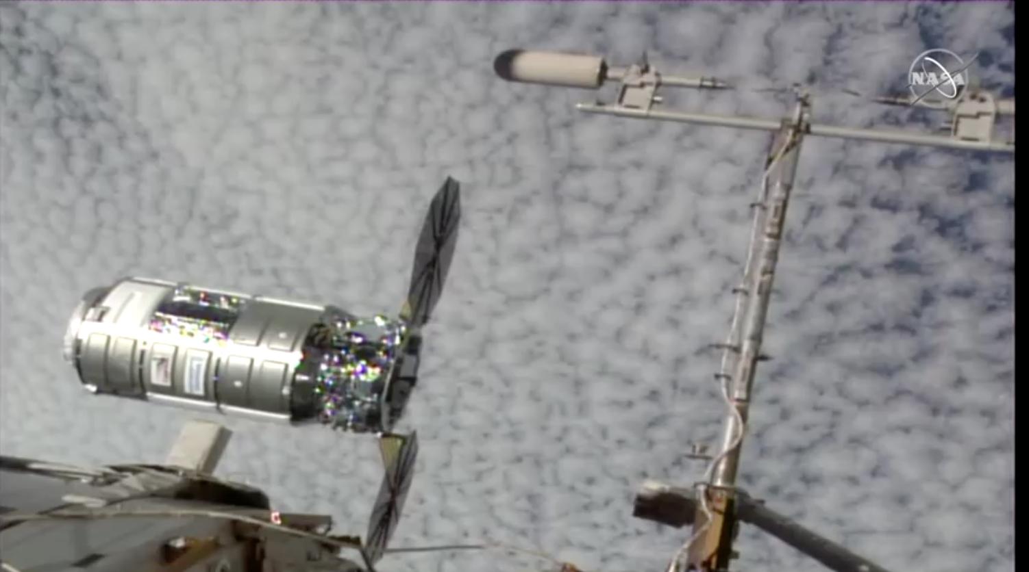 """NASA công bố liên minh 8 quốc gia ký """"Hiệp ước Artemis"""""""