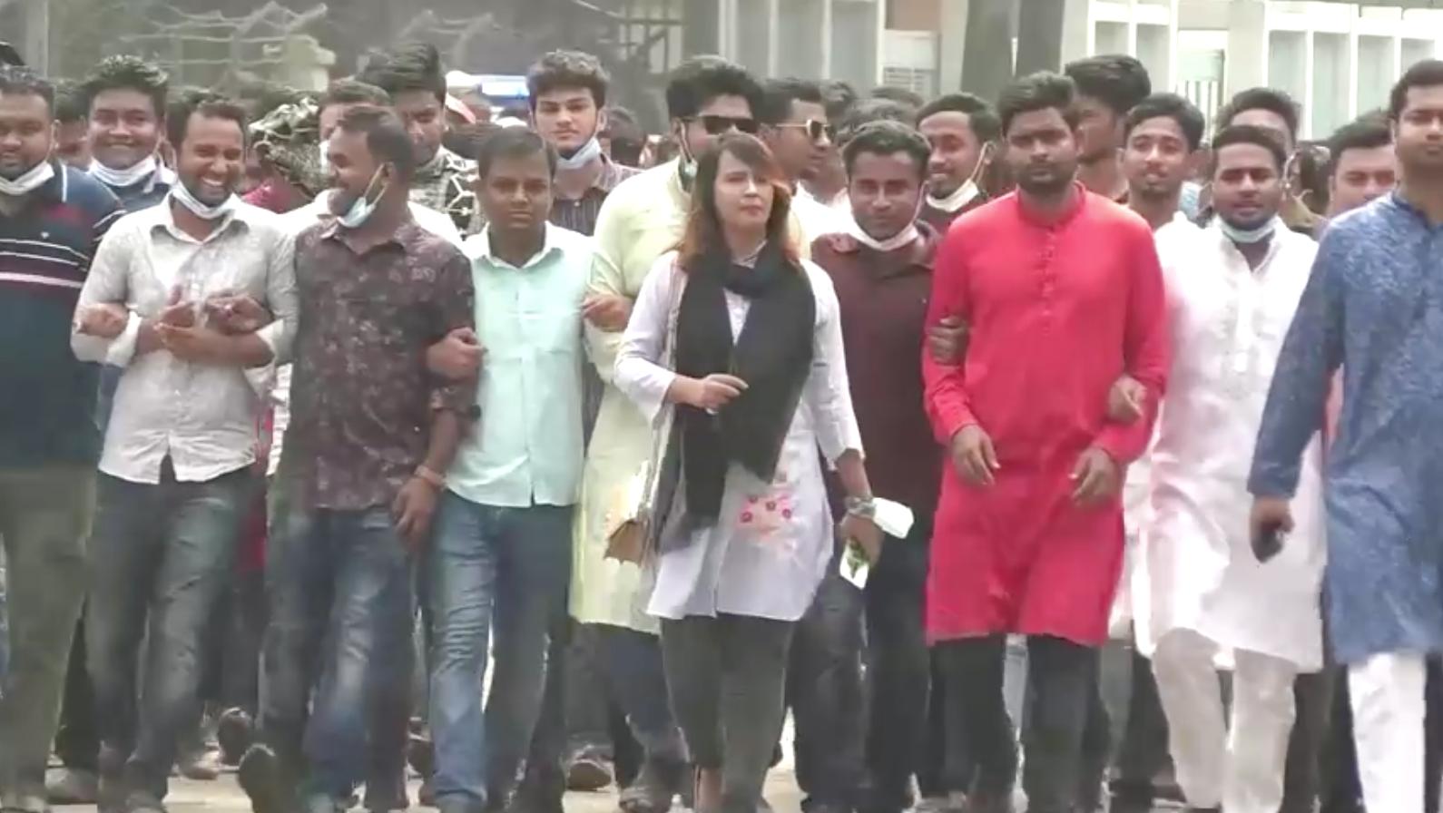 Năm người bị kết án tử hình ở Bangladesh vì tội hiếp dâm tập thể