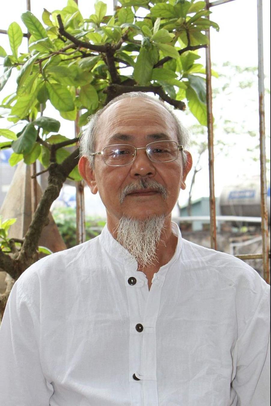 Nhà văn Phạm Thành bị đưa vào bệnh viện tâm thần, nhà báo tự do Nguyễn Văn Hoá tuyệt thực