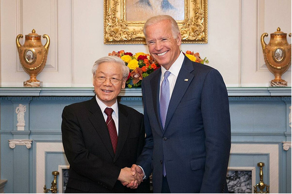 Lãnh đạo CSVN chúc mừng ông Biden và mời sang thăm Hà Nội